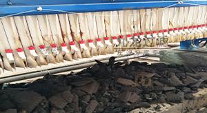 广东中山某纺织有限公司自动拉板压滤机使用现场